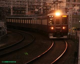 阪急 嵐山へ臨時直通電車を運行 8