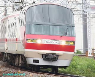 名鉄本線 名古屋と金山の間の名鉄電車 4