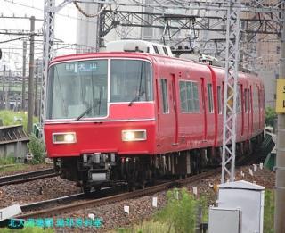 名鉄本線 名古屋と金山の間の名鉄電車 5