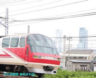 名鉄本線 名古屋と金山の間の名鉄電車 8