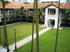 ラッフルズホテル庭