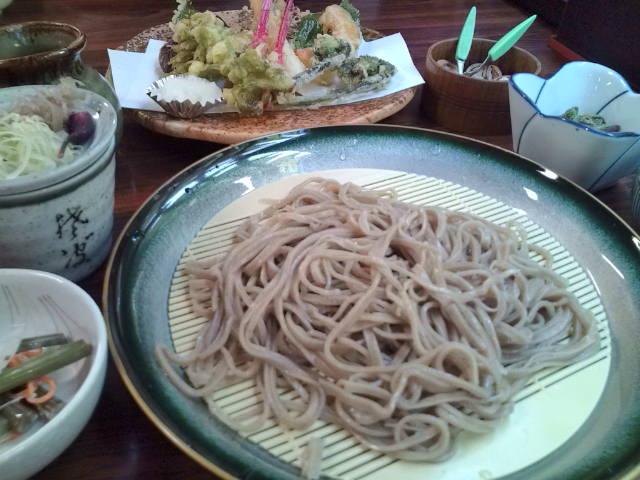 蕎麦と山菜
