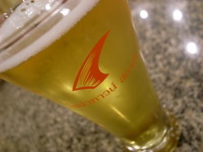 フカヒレマークのグラス
