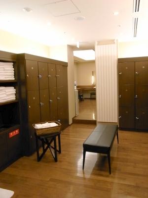 温泉更衣室