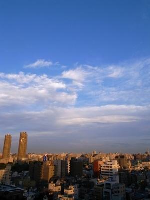 東京じゃないような空