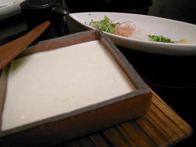 出来たてすくい豆腐