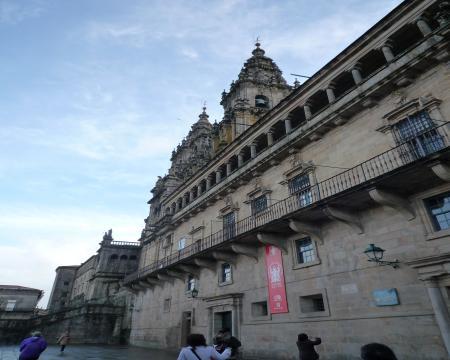 サンチャゴ・デ・コンポステーラ大聖堂サイドから20090321170507