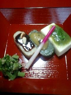 090418_1253~0001豆腐の精進料理、