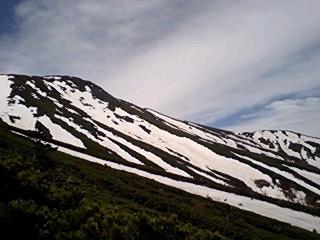 摩支利天山頂上付近を見る_0932~0001