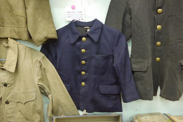④小学校制服