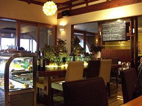 mothermooncafe.jpg