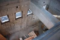 2階吹き抜けから下を見た図