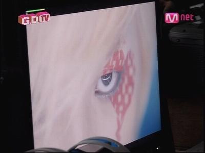 090819 Mnet GDTV+2NE1 TV (126)