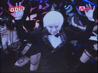 090819 Mnet GD TV+2NE1 TV1 (5)
