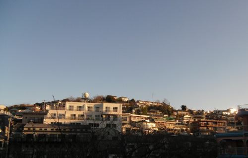 朝の十字架山