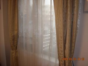 リビングのカーテン2