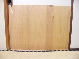 押入れを塞いでいるの図090320