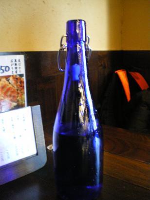 テーブルのお水