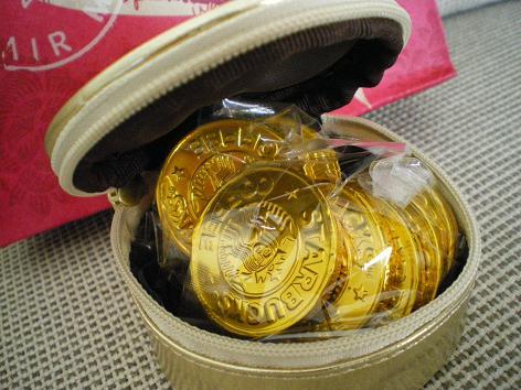 中はコインチョコレート