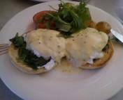 Sydney Cafe egg bennedict