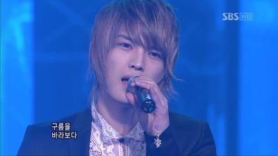 20080224 SBS 人気歌謡 - 旅行記 (Dopamine).avi_000042642