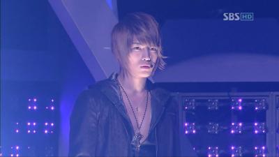 20080224 SBS 人気歌謡 - Purple Line (Dopamine).avi_000005271