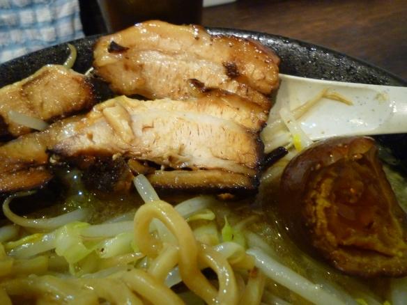 12年1月3日 麺バカ 豚