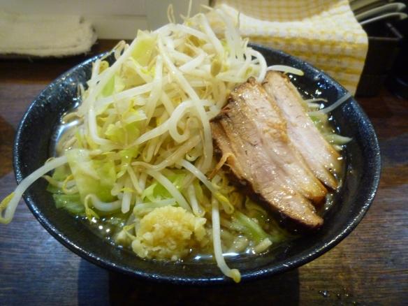 12年12月28日 麺バカ 豚醤油 大盛 ニンニク