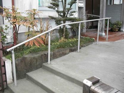 【施工事例vol.9】施工後:手すり・スロープ