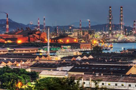亀島山から望む水島臨海工業地帯の夕景夜景