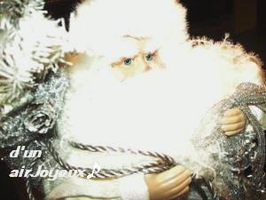 silver-santaclaus081124d