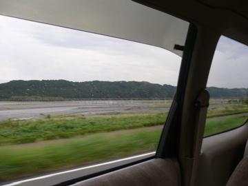 車から蓬莱橋