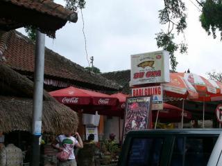 バリ 豚の丸焼き屋