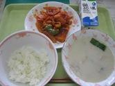 魚と大豆のチリソース・豆乳スープ
