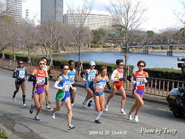 女子マラソン top集団