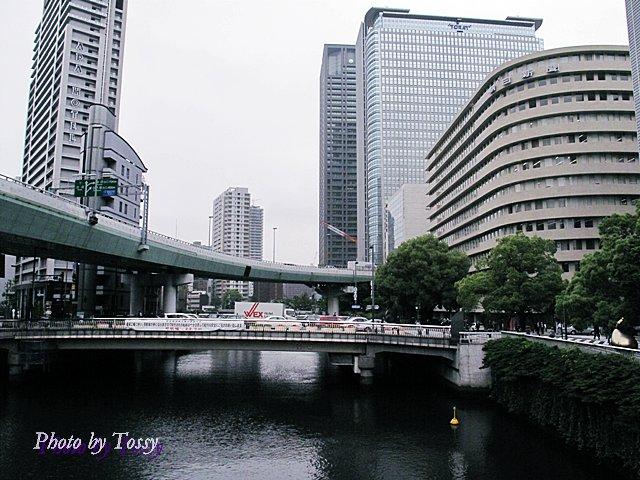肥後橋と高速道路