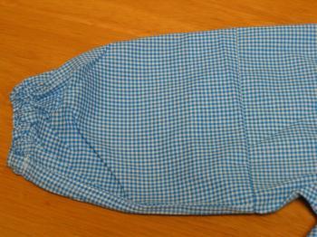 袖縫い上げ