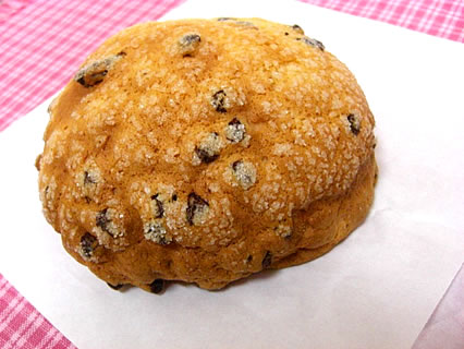 プリメーロ チョコチップメロンパン