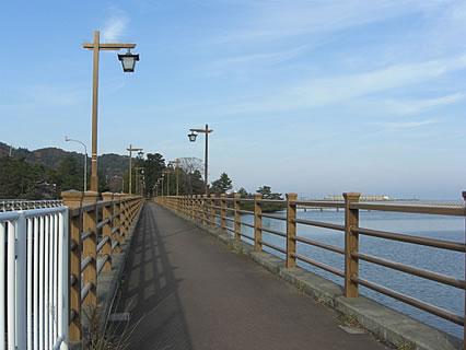 平内町 浅所海岸の手前の橋