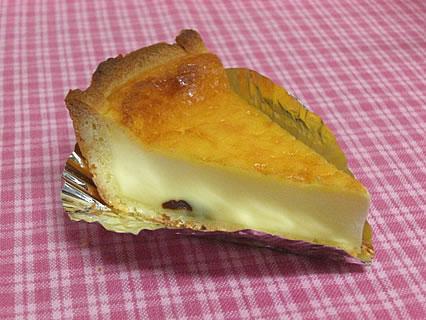 ケーキ屋タックン ベイクドチーズ(273円)