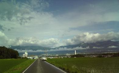 雲の感じがなんとも。