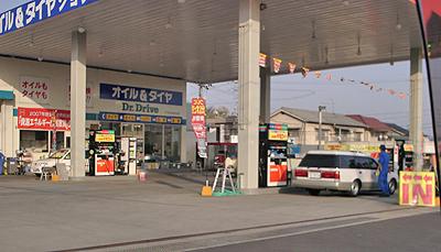 暫定税率期限切れ後のガソリンスタンドの様子