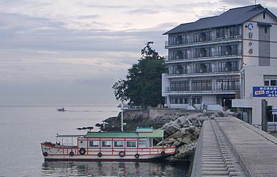 仙酔島への渡し船