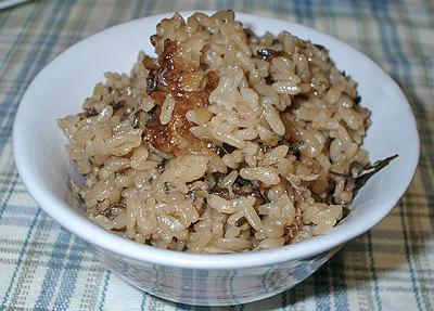 シーチキンと塩っぺの炊き込みご飯