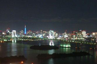 夜のレインボーと東京タワー