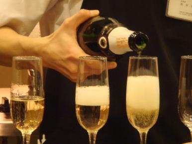 シャンパンで!