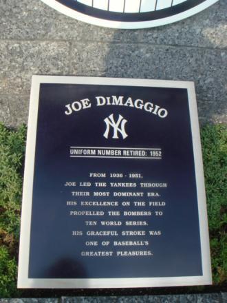J・ディマジオのモニュメント