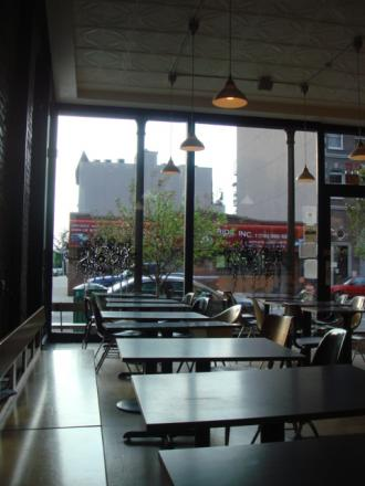 近くのカフェ