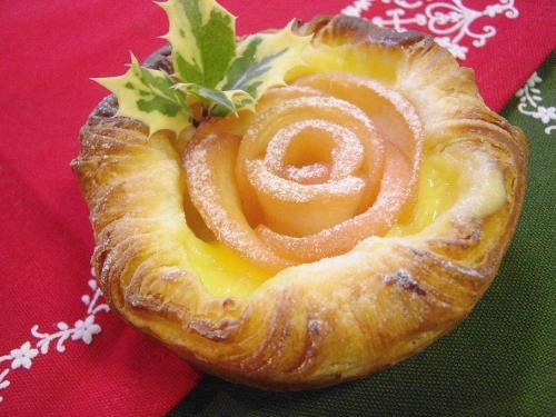 20081125クリスマスローズデニッシュ1