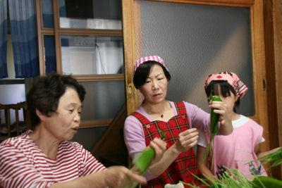 【ちまき作り】ゆりママ・名人に習う